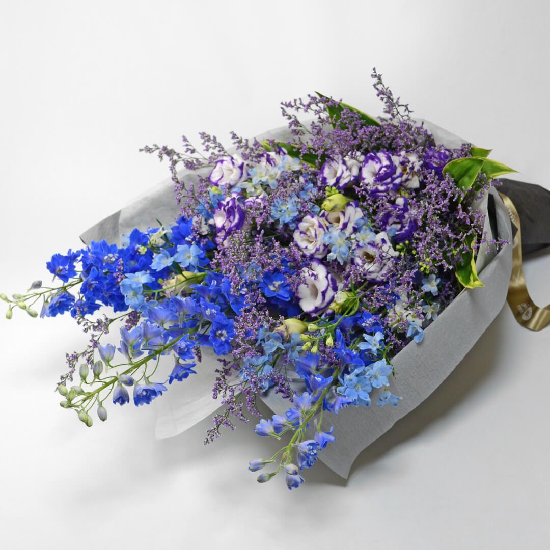 デルフィニウムの花束<ウィット>