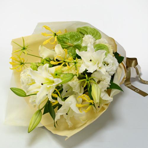 ユリやグロリオサの花束<エレイン>