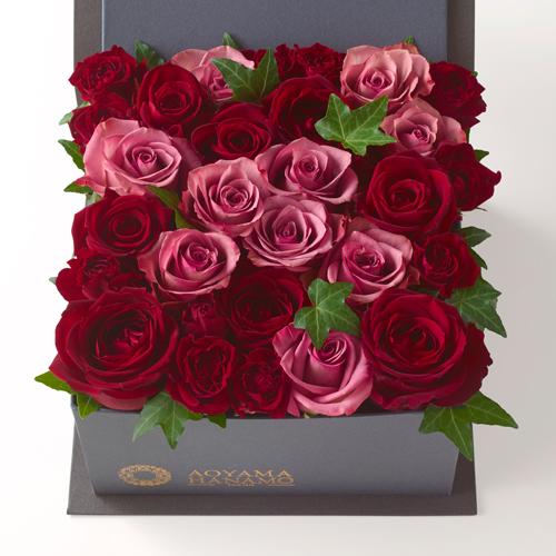 赤とピンクのバラのBOXアレンジメント