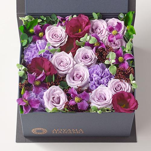 バラとカーネーションのボックスアレンジメント<メルロー>