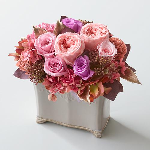 バラやハイドランジアなどのプリザーブドフラワー<クローネ>