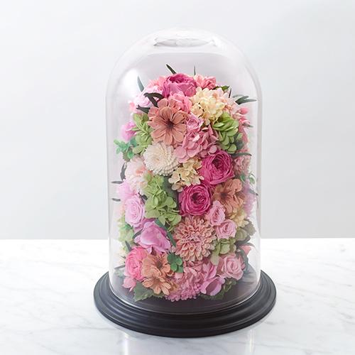 バラとハイドランジアのランタン型プリザーブドフラワーの画像