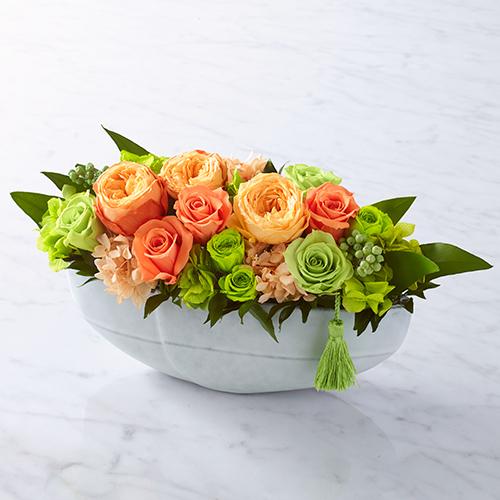 オレンジのバラとハイドランジアのプリザーブドフラワーの画像