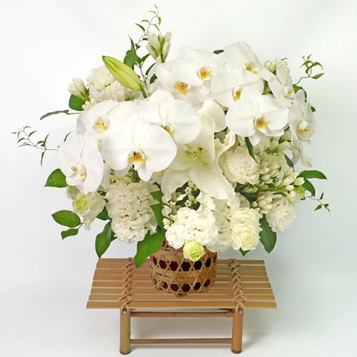 胡蝶蘭の細網篭花(ご供花)